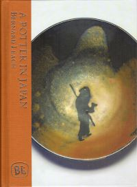 Jacket Image for the Title A Potter in Japan
